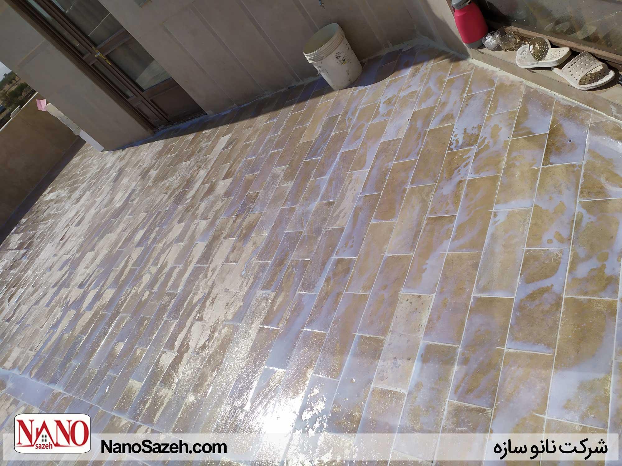 اجرای عایق نانو کریستال شفاف بر روی پشت بام سرامیک